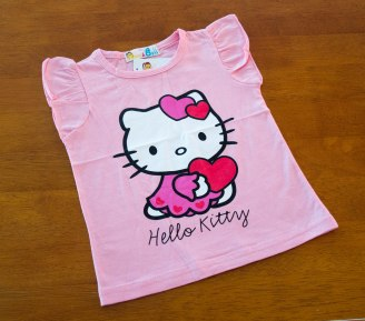 Hello Kitty - Love Heart T'Shirt